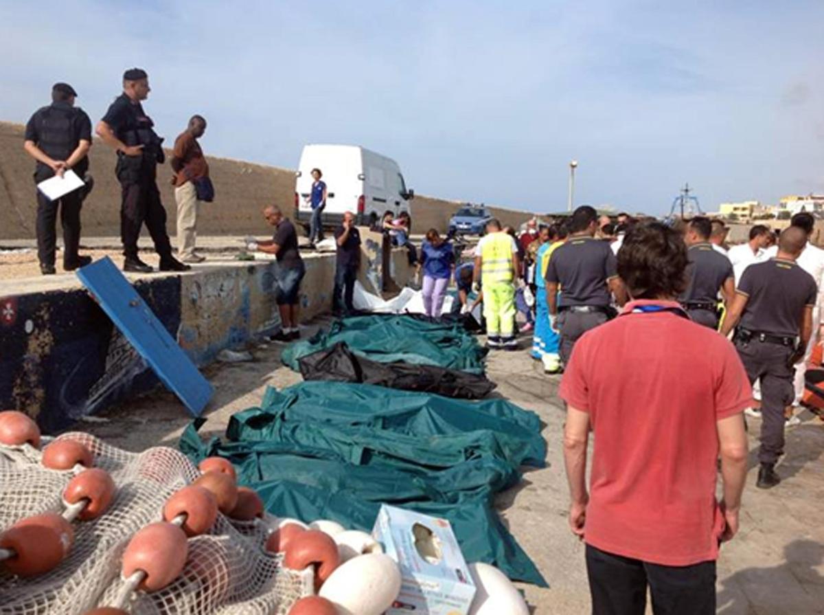Agenparl.com- Lampedusa, Civati-Schlein: Non possiamo lasciare sola Lampedusa, si intervenga subito su hot spot e ricollocamenti