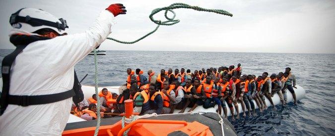 """""""Migranti non partite, rischiate la vita"""". Tra video virali e campagne ufficiali, quella per limitare le partenze"""