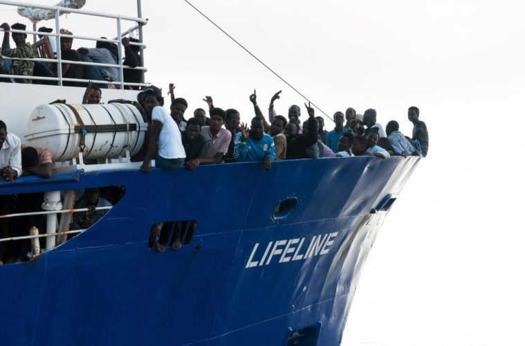 Left – Se il governo giallonero ordina di riconsegnare i migranti a torturatori e schiavisti