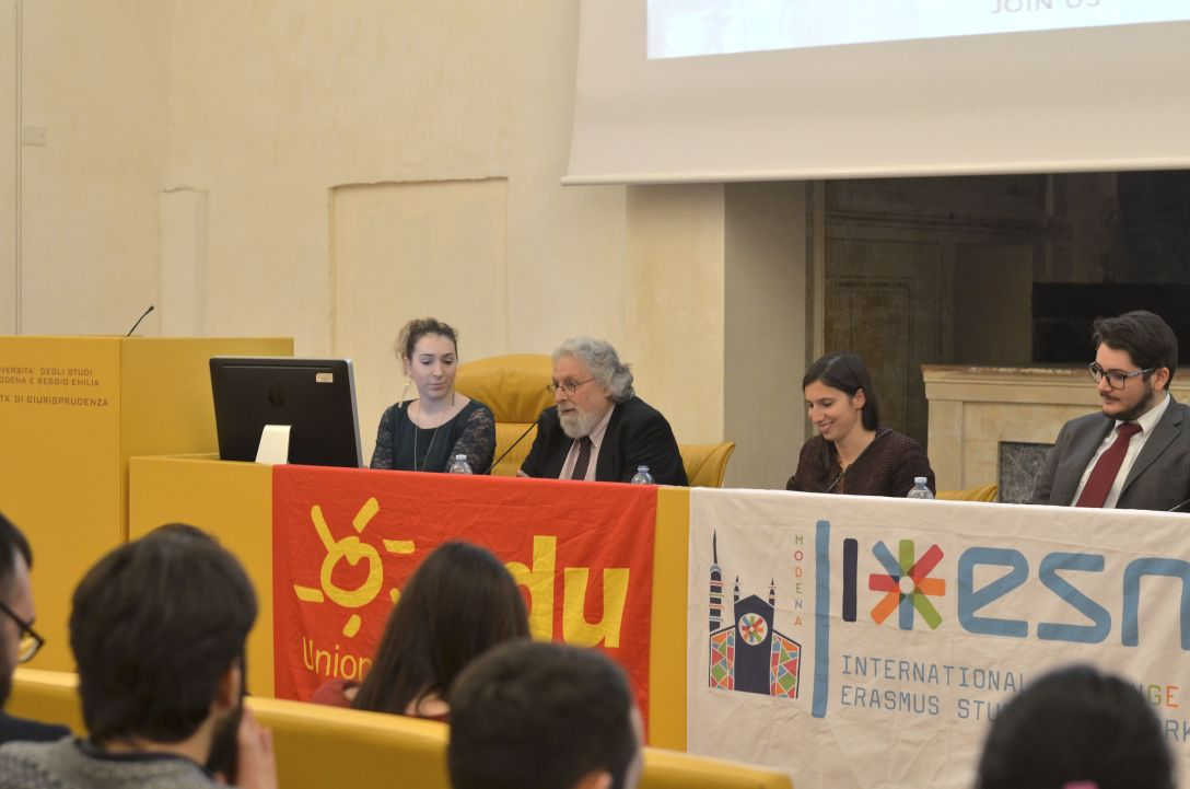 Lo Strillone Universitario – Commeunity